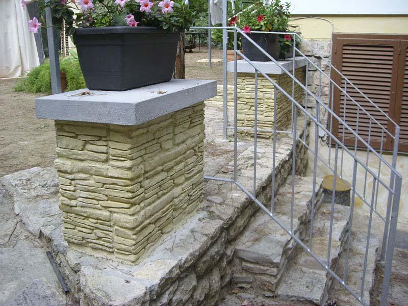Graniglia di marmo pietre ornamentali - Pietre da giardino ornamentali ...
